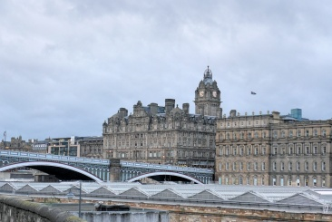 "Waverley Station et ""New Town"""